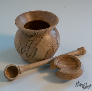 Spice Pot and spoon